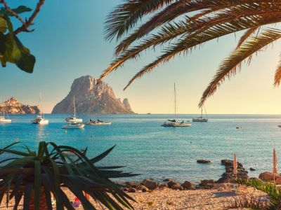 Cala D'Hort with views on Es Vedra